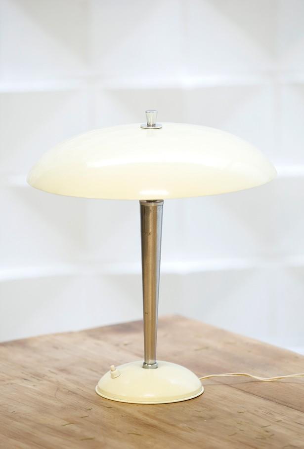 Lámpara de escritorio