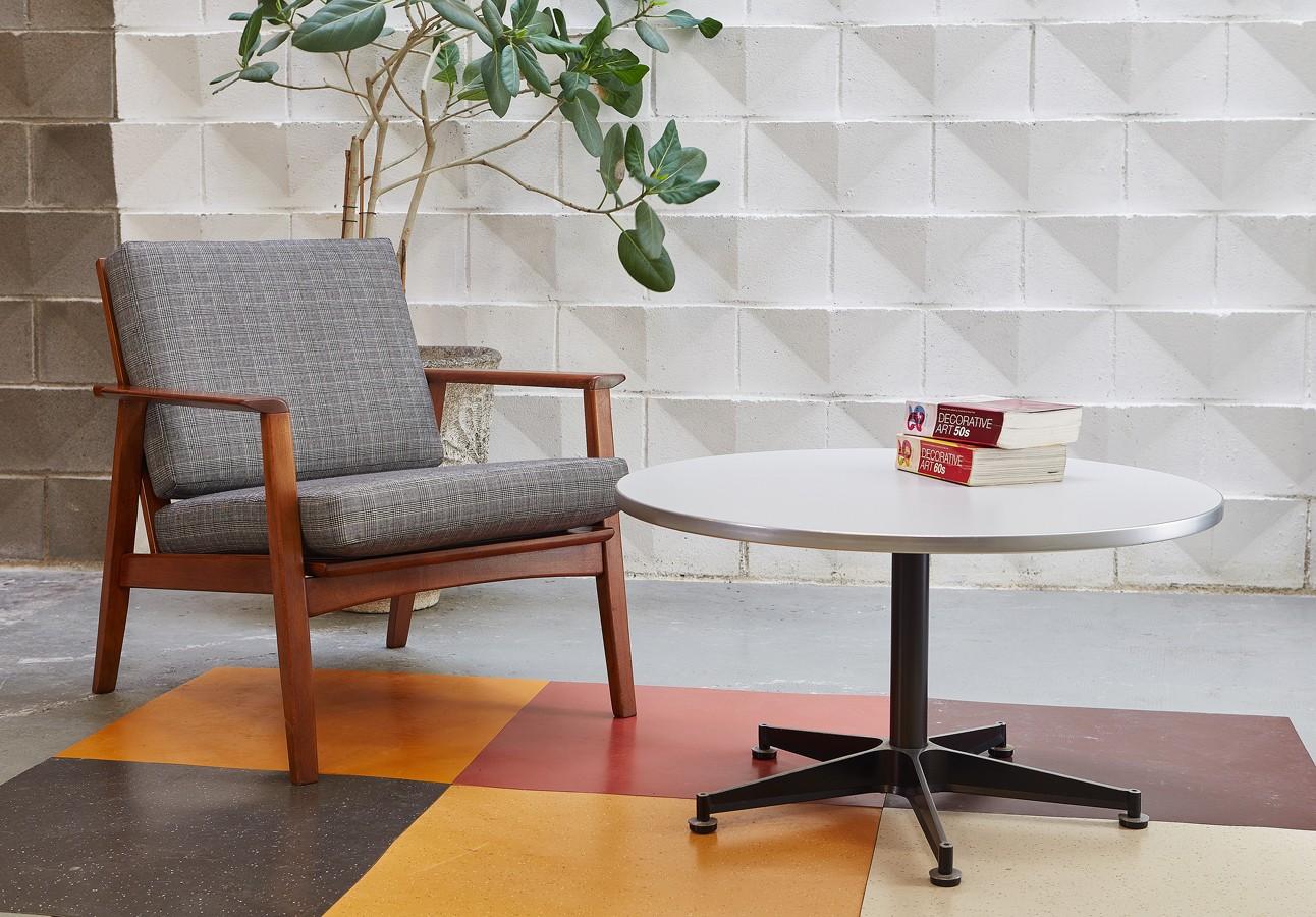 Mesa centro vintage años 70 diseño industrial space age dutch design la victoriana