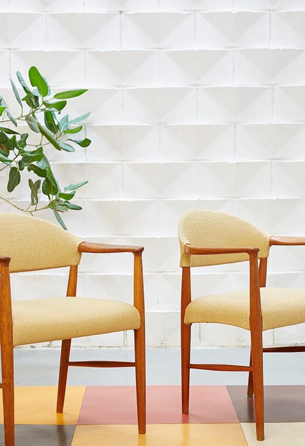 Pareja sillas danesas años 60.