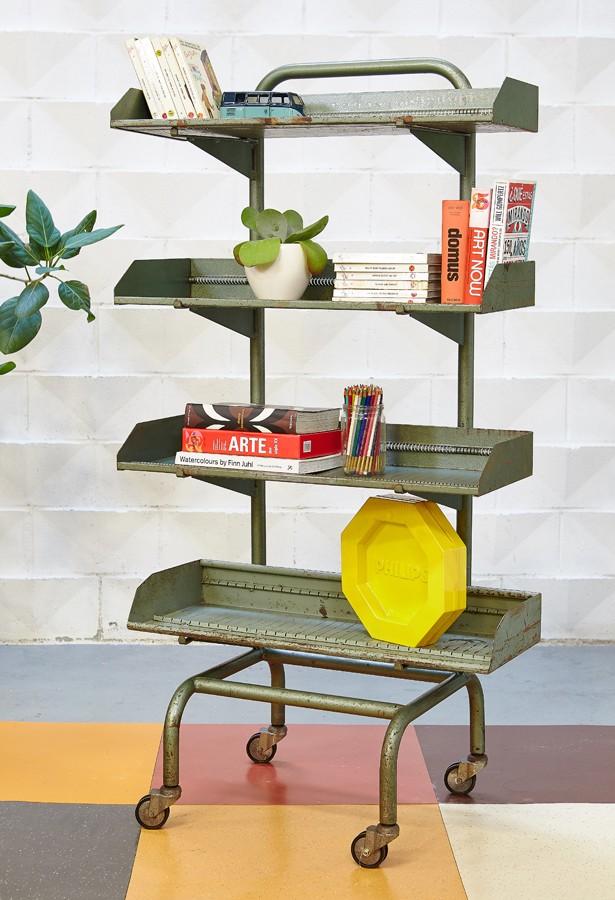 estantería-almacenaje-vintage-industrial-mueble de oficio-la victoriana