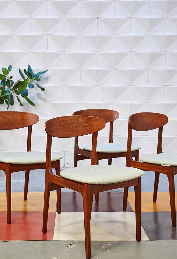 Conjunto de sillas años 60
