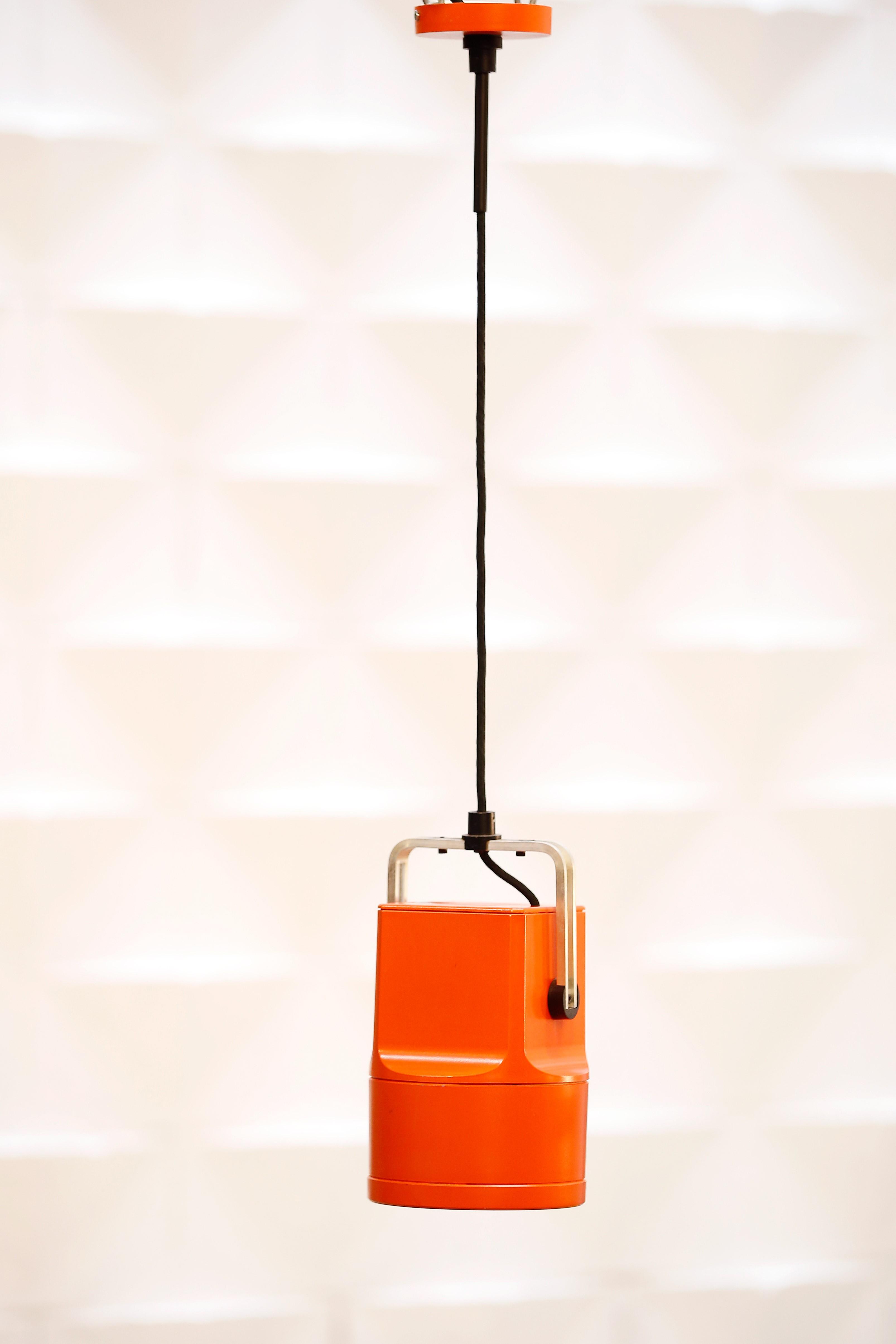 lámpara-vintage-años 70-louis poulsen-unispot-lavictoriana