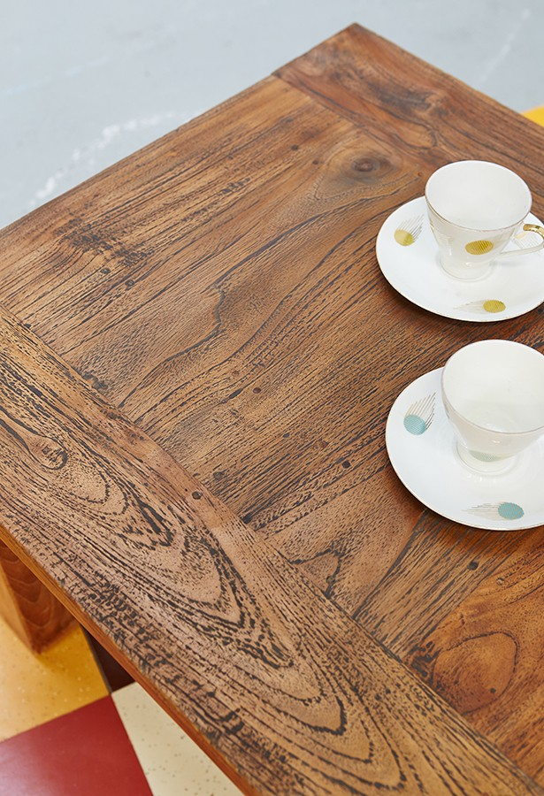 mesa-auxiliar-centro-teca antigua-old teak-vintage-la victoriana