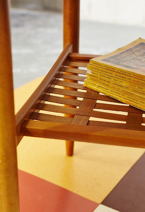 mesa centro-auxiliar-años 60-teca-lavictoriana-vintage