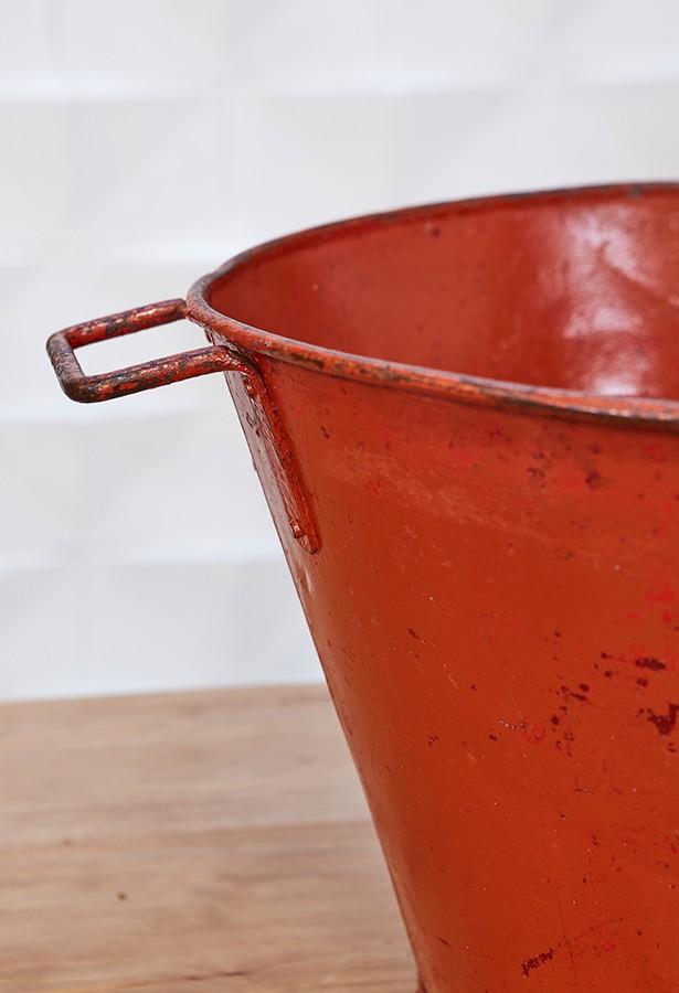capazo-cubo-rustico-vendimia-hierro-vintage-lavictoriana