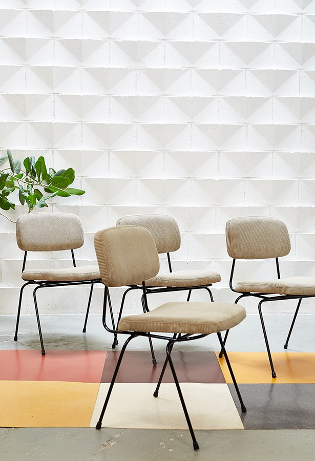 Conjunto de sillas Daciano da Costa