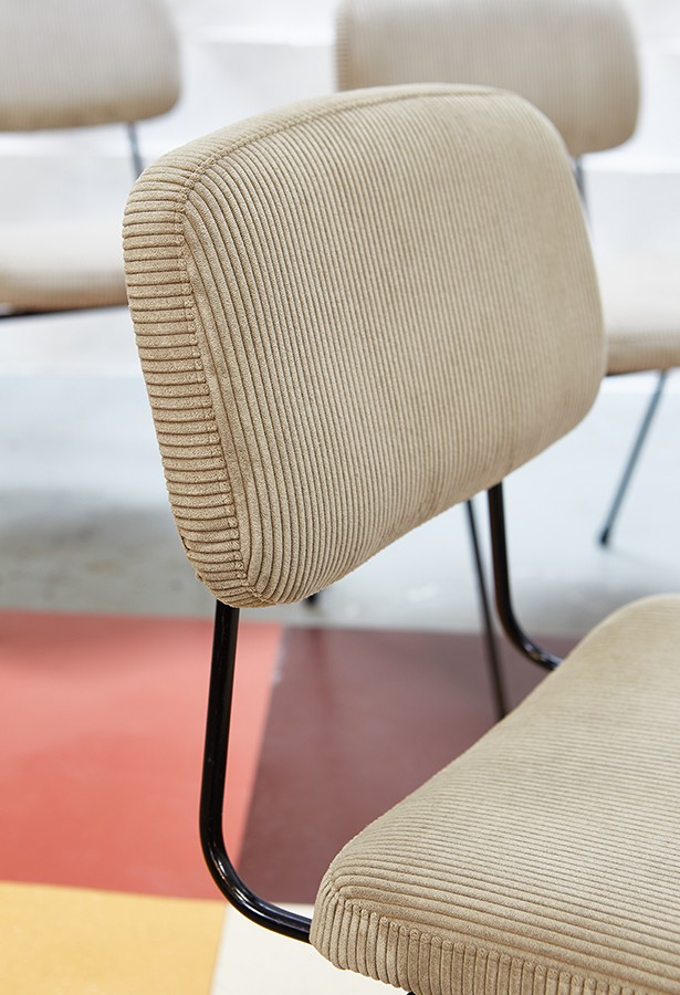 sillas-industrial-vintage-años60-dacianodacosta-lavictoriana