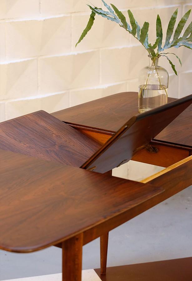 Mesa palosanto