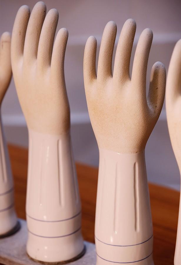 Moldes guantes porcelana