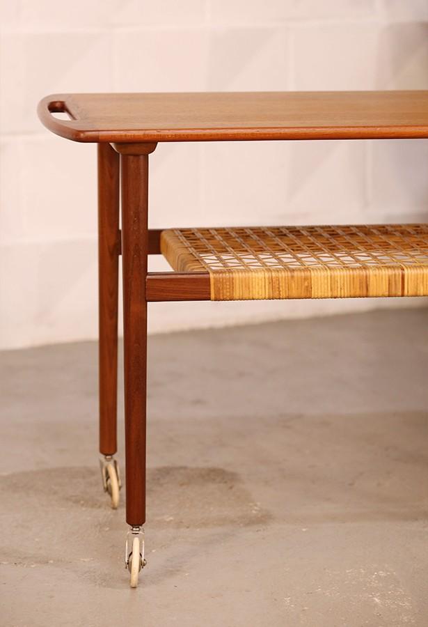 Mesa teca ratán