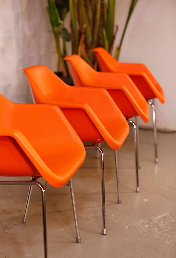 Set de 4 sillas Robin Day