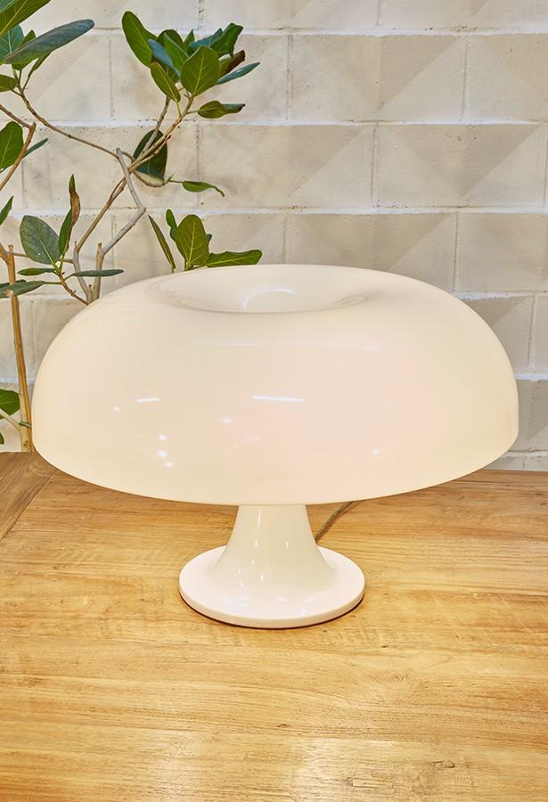 Lámpara de mesa Nesso